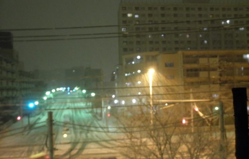 「都心に雪が」