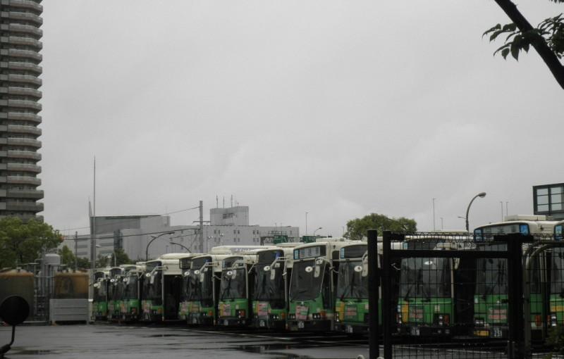 「都バスの車庫」