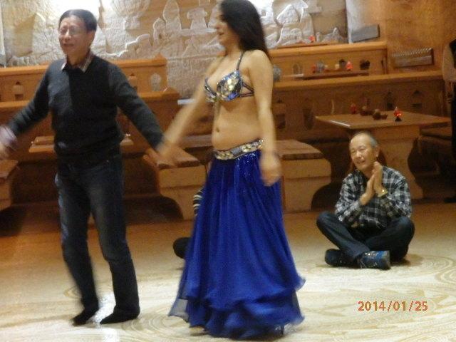 「ベリーダンス」