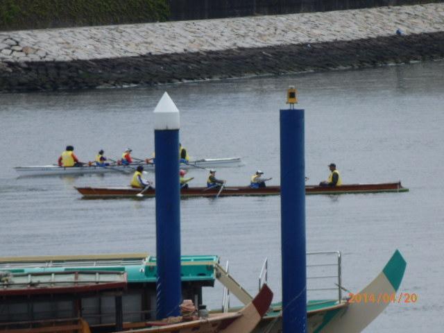 「ボート練習風景」